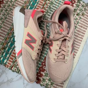 New Balance 009 V1 Sneaker Pink size 6.5
